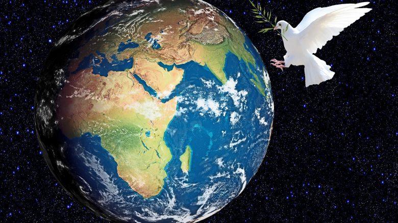 Erde mit Taube, Cents4Children Spendenaktion für Kinder